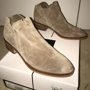 Brand New Dolce Vita Suede Ankle Booties